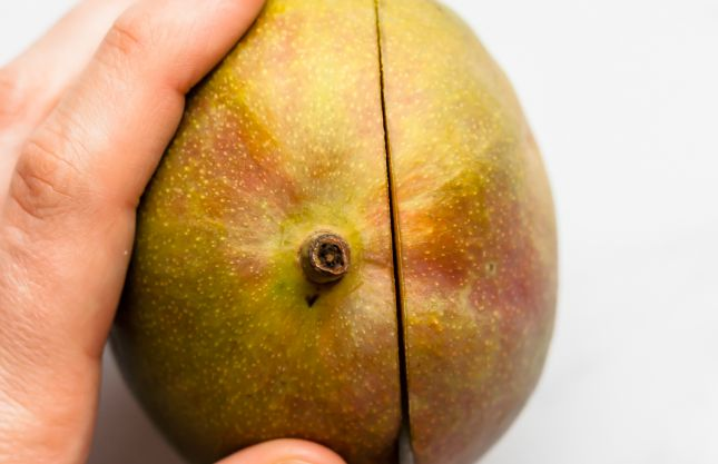 How to Cut a Mango - Part 1